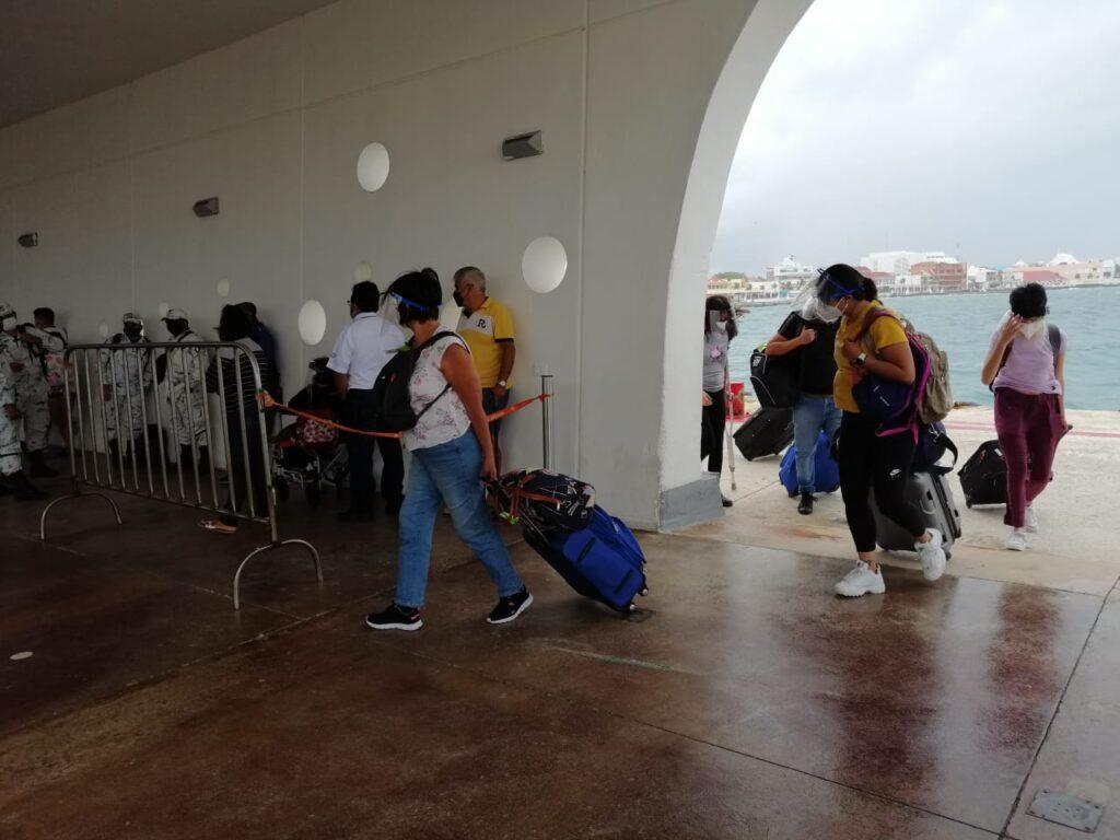 Aumenta movimiento de pasajeros en terminales marítimas