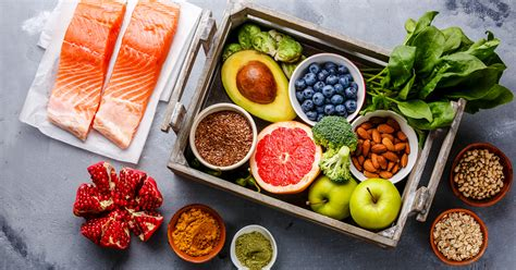 Dietas bajas en carbohidratos: ¿una forma fácil de perder peso o una receta para un ataque cardíaco?