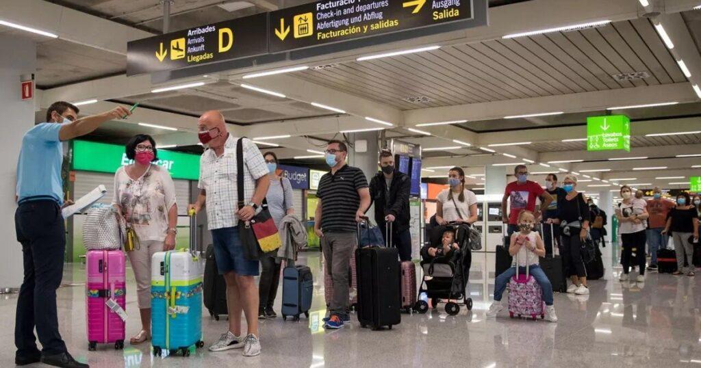 Estados Unidos aclara: Las cuarentenas tras un viaje no serán obligatorias