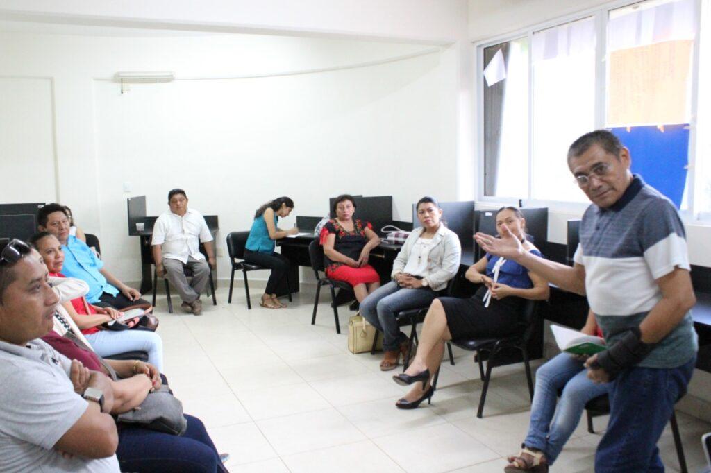 Estudiantes de la UIMQROO desarrollarán proyectos de titulación usando plataformas digitales