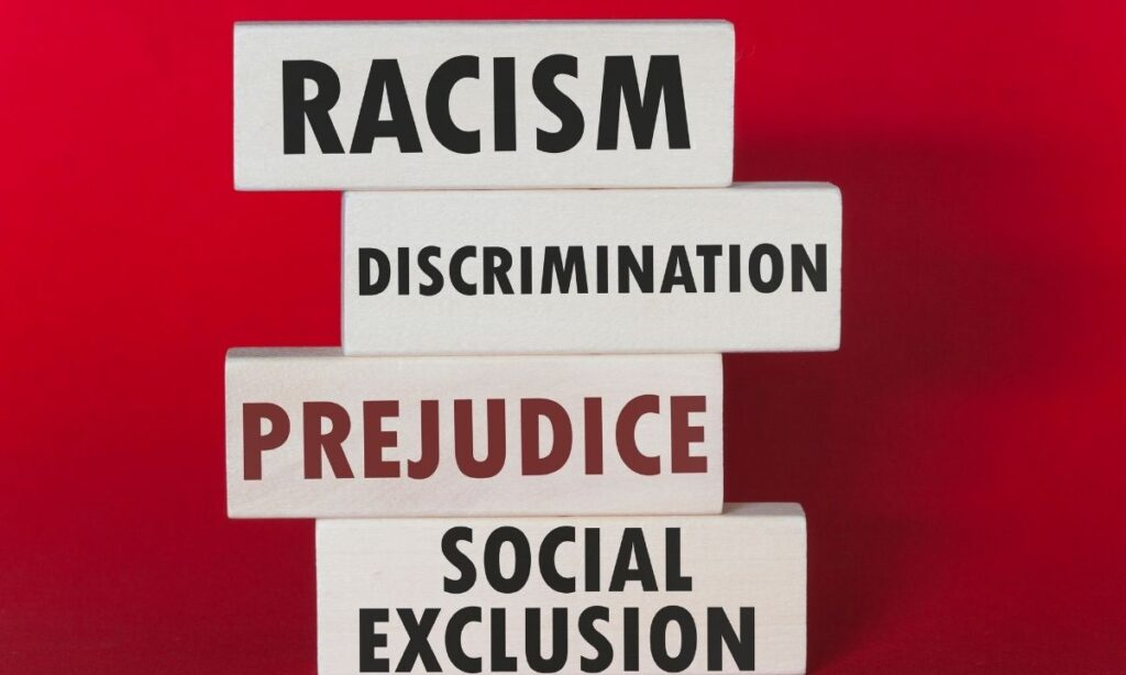 Educación, eje contra la discriminación universal