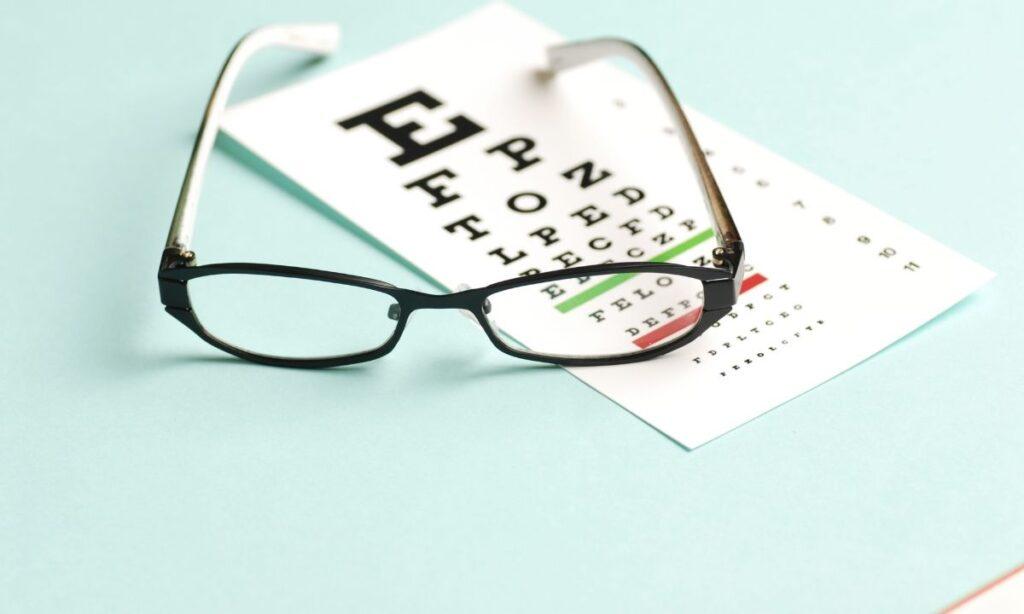La fatiga ocular puede aumentar en la pandemia