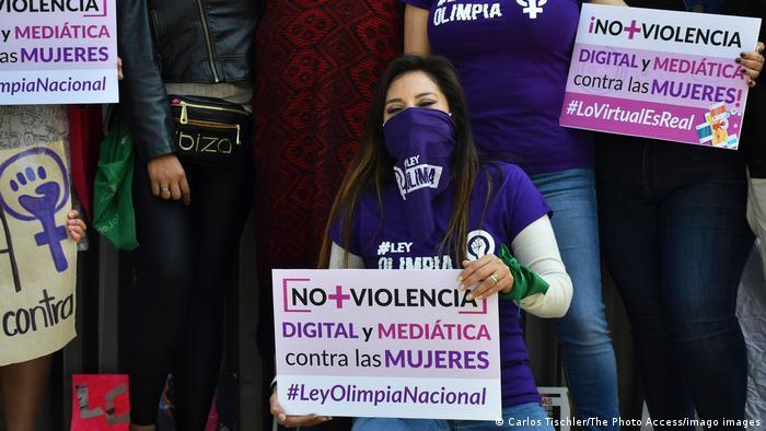 Olimpia Coral Melo es una de las figuras feministas más visibles de México