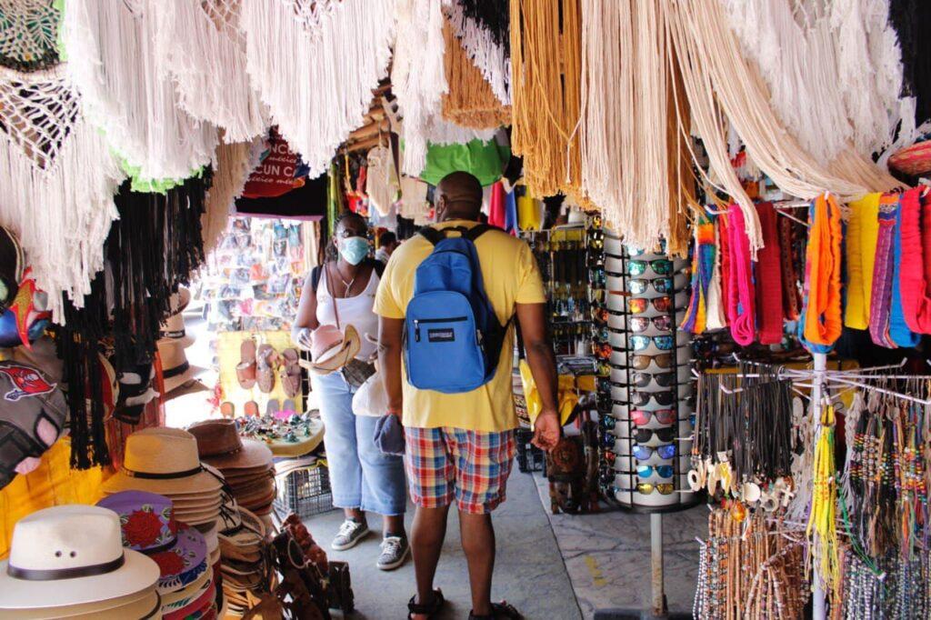 Impulsan a la capacitación a emprendedores de Puerto Morelos para reactivar la economía